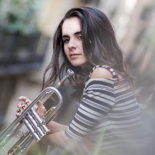 https://musica-terra.com/wp-content/uploads/2020/04/andrea_motis.jpg